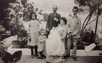 Antoni Roca Várez amb la seva família